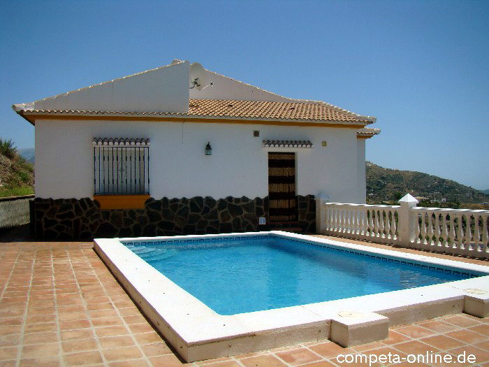 villa vistamar aussen ferienhaus in spanien in andalusien an der costa del sol. Black Bedroom Furniture Sets. Home Design Ideas