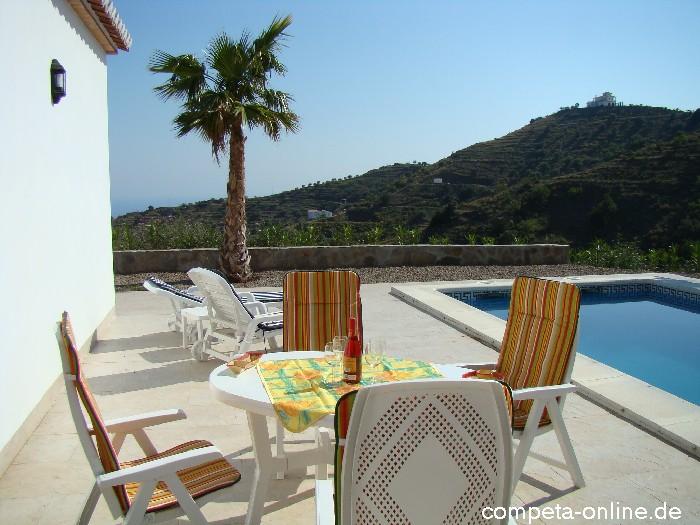Zwembad villa aline in andalusi costa del sol spanje de villa 39 s van competa online in - Terras teak zwembad ...